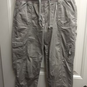 Light grey ankle length cargo pants